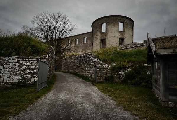 Dark Castle Gate