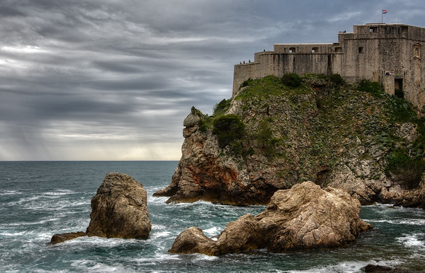 Fortress on the Cliff