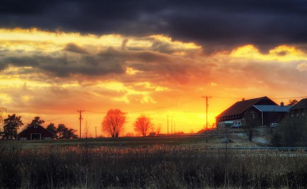 A Sunset Barn