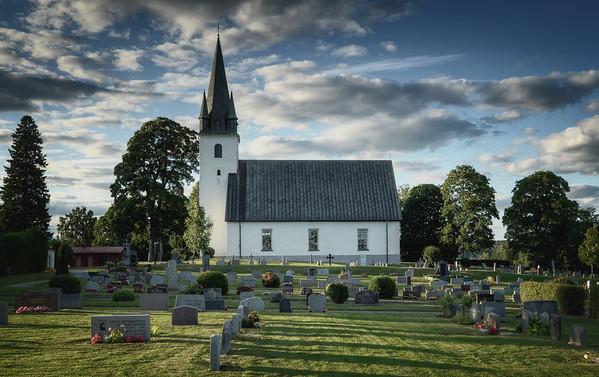 Frustuna Church