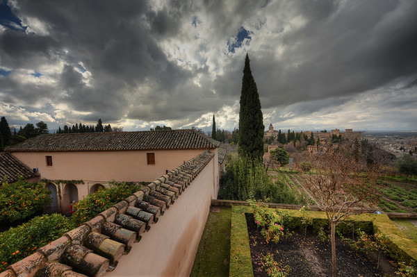Alhambra Cloudy Lands