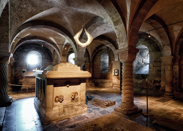 The Crypts of Lund VII