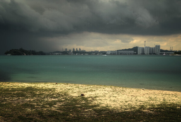 Paradise Island Storm