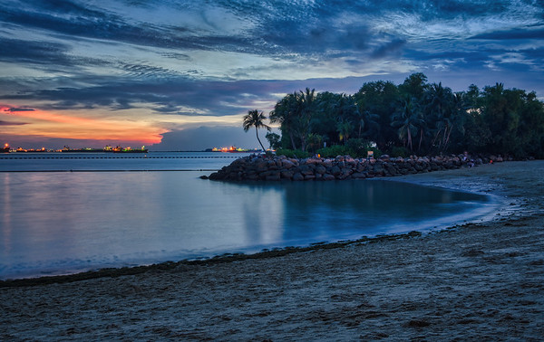 Dusk at Palawan Beach