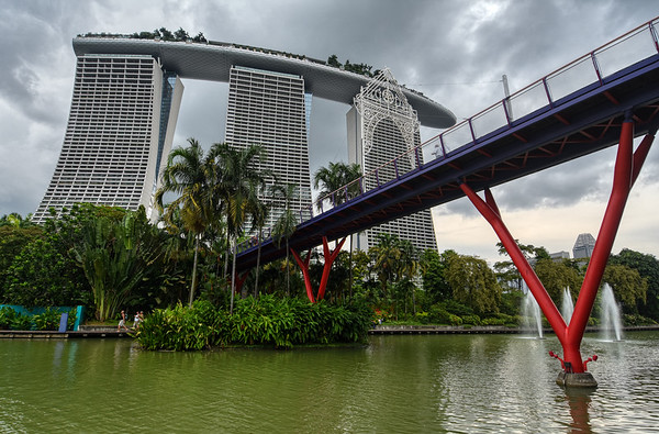 Bridge of Marina Bay