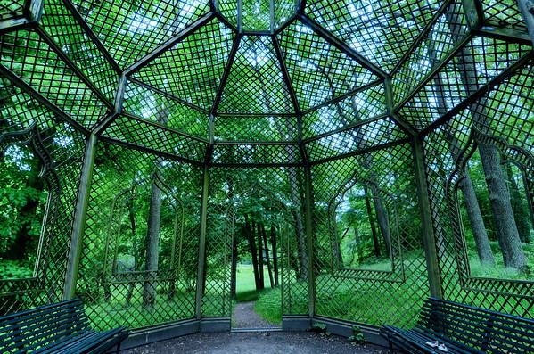 Great Pavilion Cage