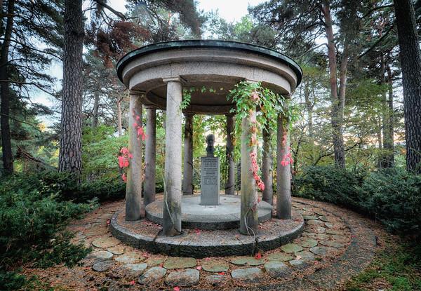 A Diplomat's Tomb