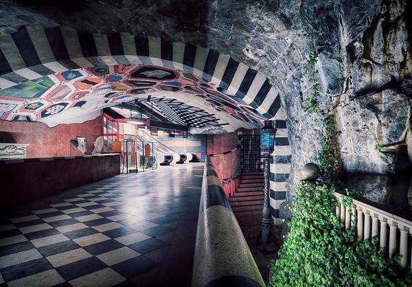 King's Metro Cave