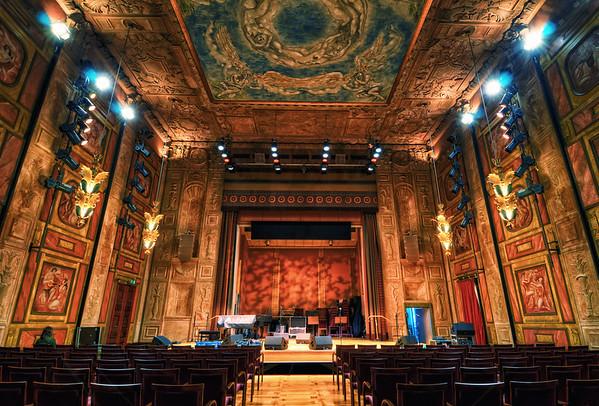 The Grünewald Hall I