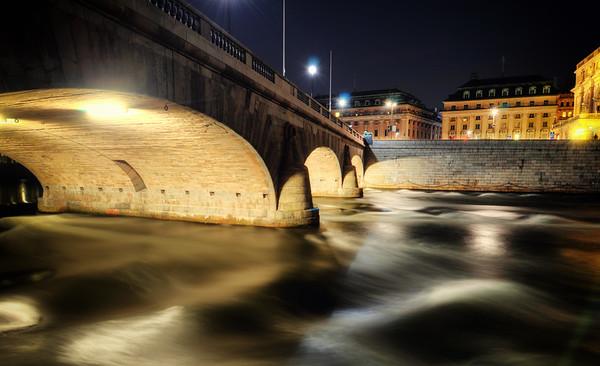 Urban Night Stream II