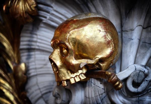 A Golden Skull