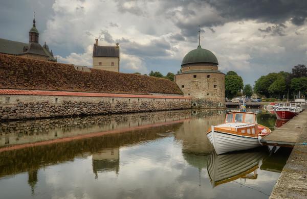 A Moat Boat