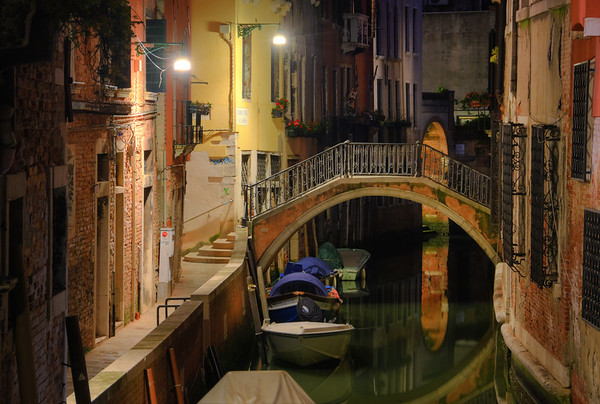 A Canal Arch