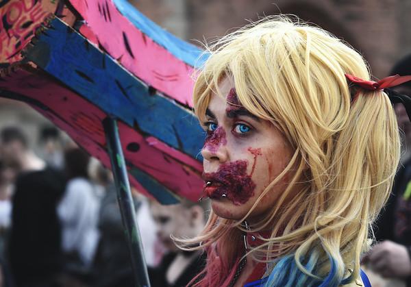 Blonde Quinn Zombie