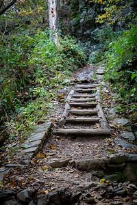 Daek Hallow Falls