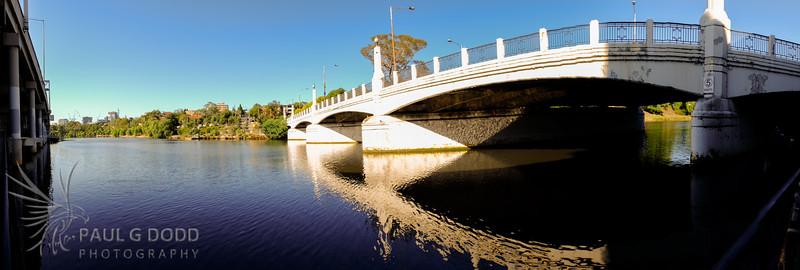 Hoddle Bridge