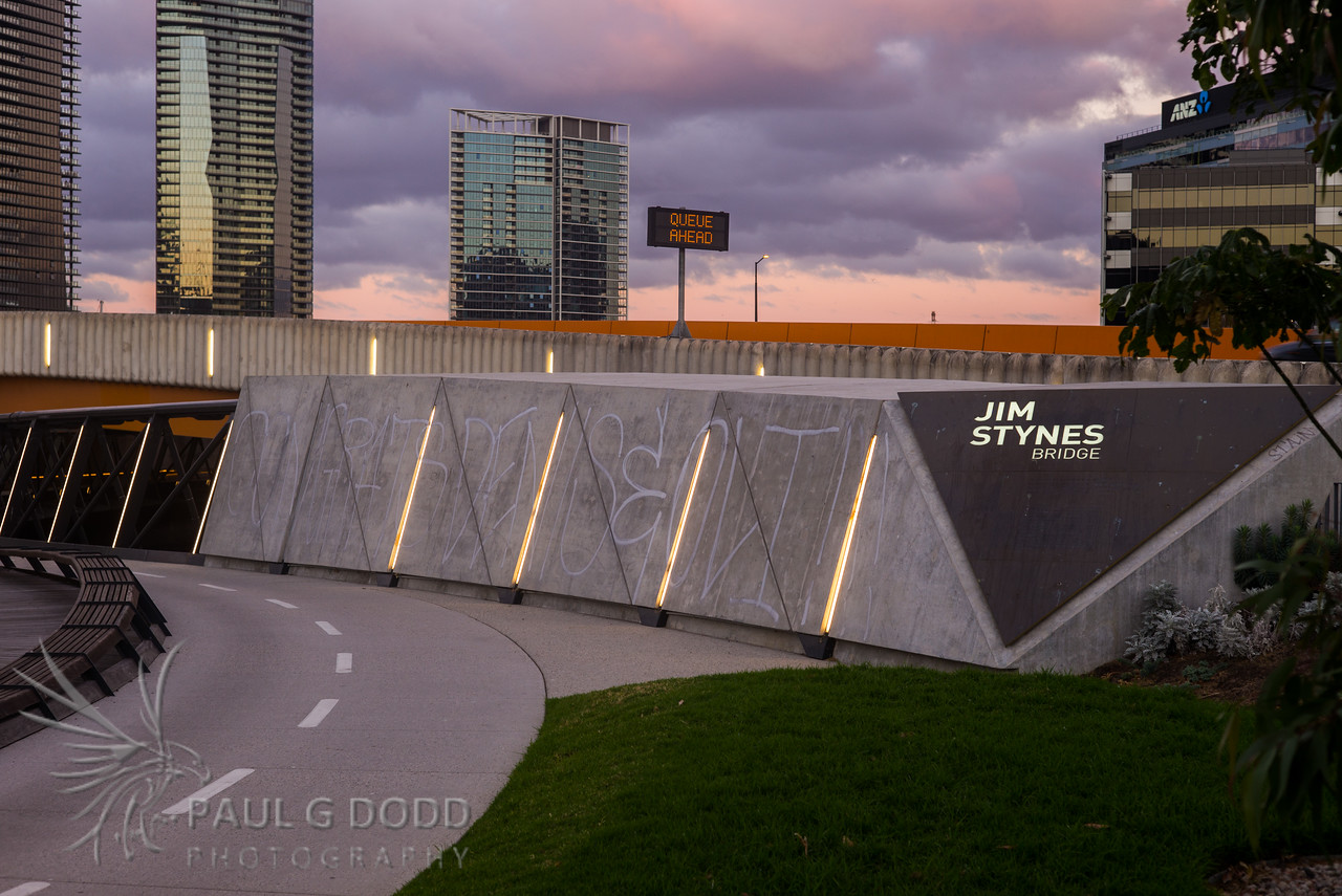 Jim Stynes Bridge, Sir Charles Grimes Bridge