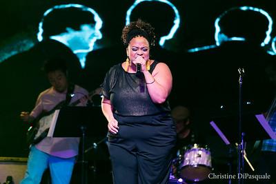 aAngela Birchett @ Broadway Sings the Beatles 22aug2016-6573