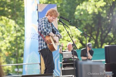 Ed Sheeran (GMA) in Central Park 29may2015-2-21