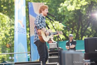 Ed Sheeran (GMA) in Central Park 29may2015-2-23