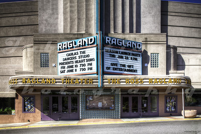 Opened in 1939 as the Esquire Theatre in Klamath Falls, OR, it was renamed in 1989 The Ross Ragland Theatre after the man who saved the theatre from being demolished.