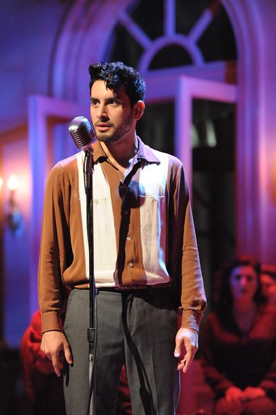 Robert Ariza as Che in Olney Theatre Center's production of EVITA (Photo: Stan Barouh)