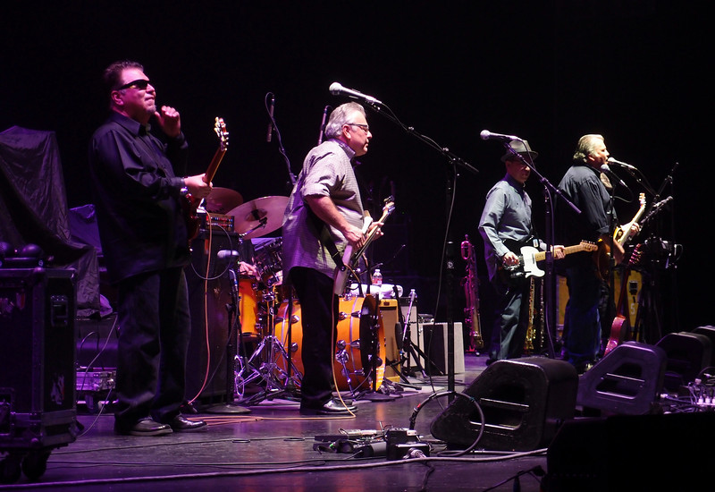 Los Lobos opening act for Eric Clapton - 9 Mar 2011