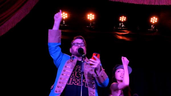 Hamilton Sing-along: Oasis
