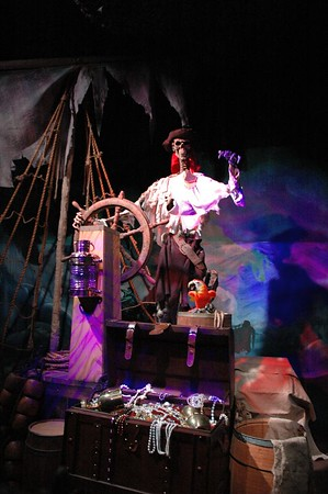 2004 Animatronic Pirates Wharf