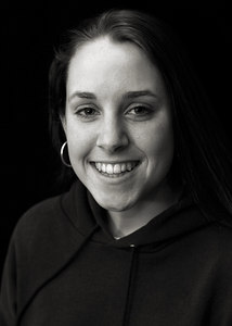 To order prints of this head shot, call Molly Nix at 978-760-2346, or e-mail her at mollynix@gmail.com