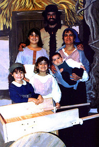 Fiddler family David, Michelle, Davene 12, Joelle 7, kaily 5 and Sara 5 months