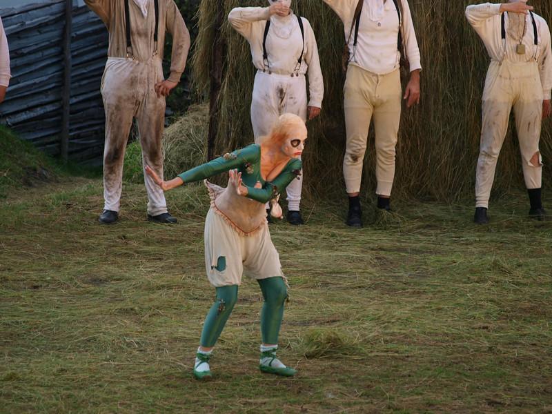 A real troll dance