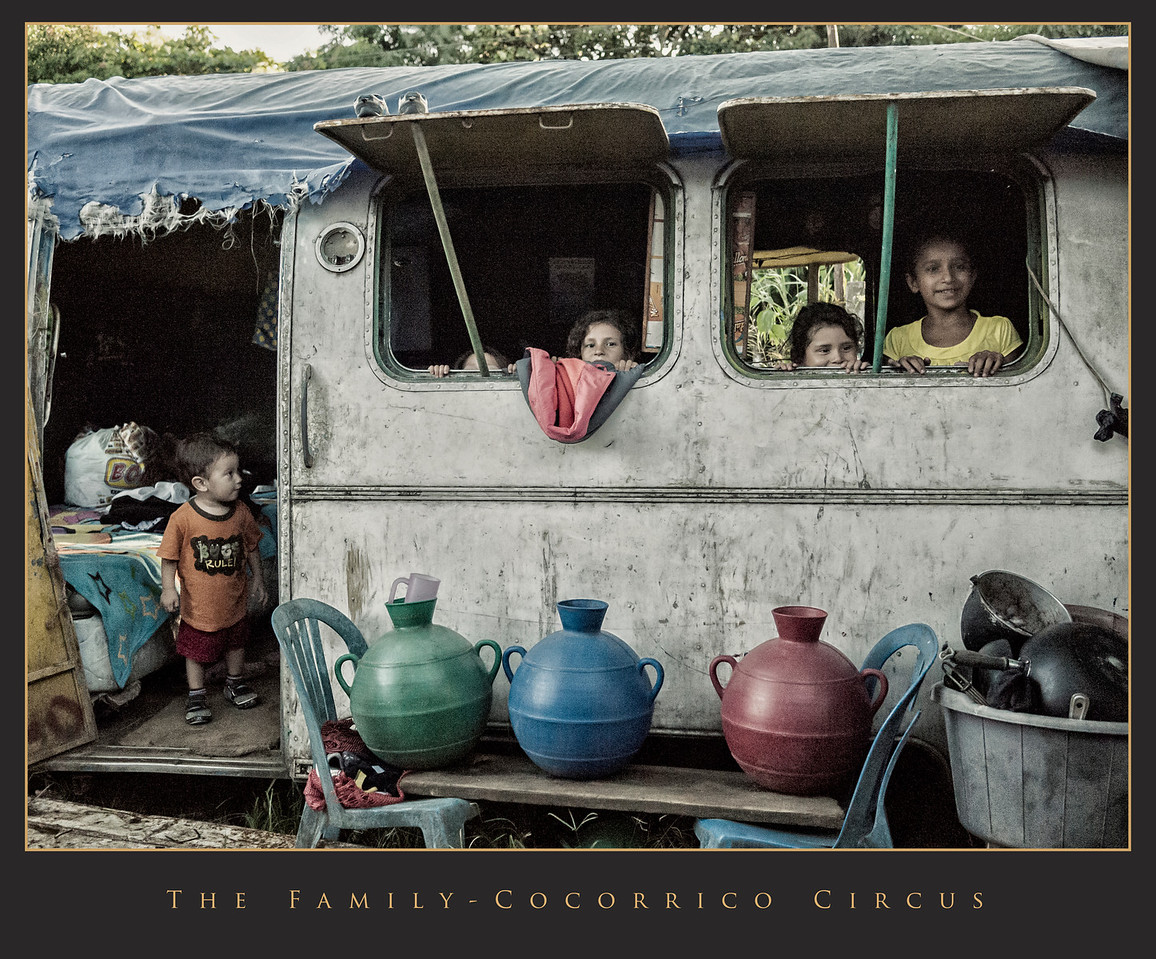 The Family-Cocorrico Circus