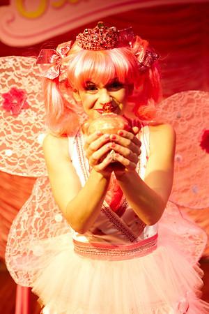 2012_dec_ncrt_pink_021