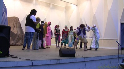 """Plays in the Park: Aladdin the Musical-Scene 1-""""Outside the Palace-One Jump Ahead"""" https://youtu.be/eVqa-cNXwUw"""