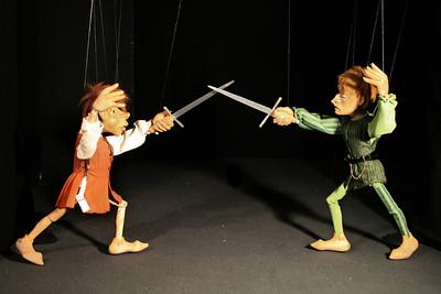 R&J 29_Mercutio en Tybalt vechten