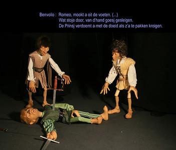 R&J 32_Romeo steekt Tybalt dood