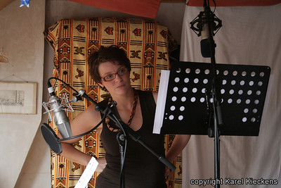 035. Stemmenopnames bij Jan K. thuis (21-06-2009). Ingrid.