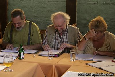 030. v.l.n.r.: René: moeirdeneer en Raoel, Jean-Marie: moeirdeneer, Annie M..