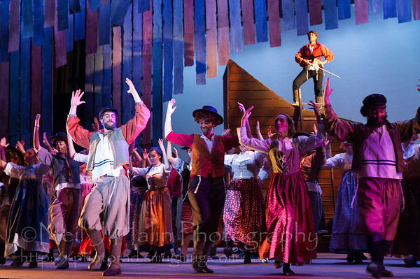 Fiddler on the Roof-19