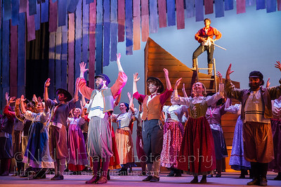 Fiddler on the Roof-18