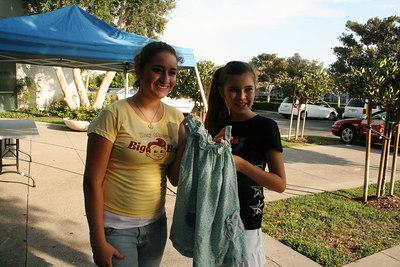 Joelle and Brianna remember their Annie dress, Annie 00 and Annie 03