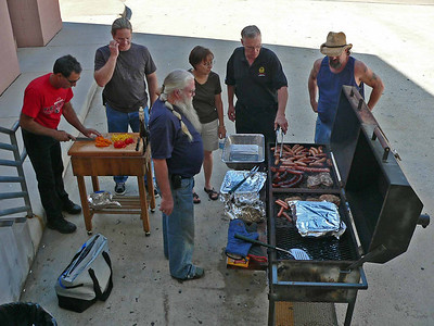 Houston does a cookout between shows Saturdays....wonderful food!