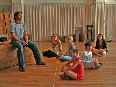 "Eric Kunze rehearsing ""The Tribe"" w/ Andrea Ross, Nadine Jacobson, Sarah Safer, Austin Zambito-Valente & Justine Magnusson"