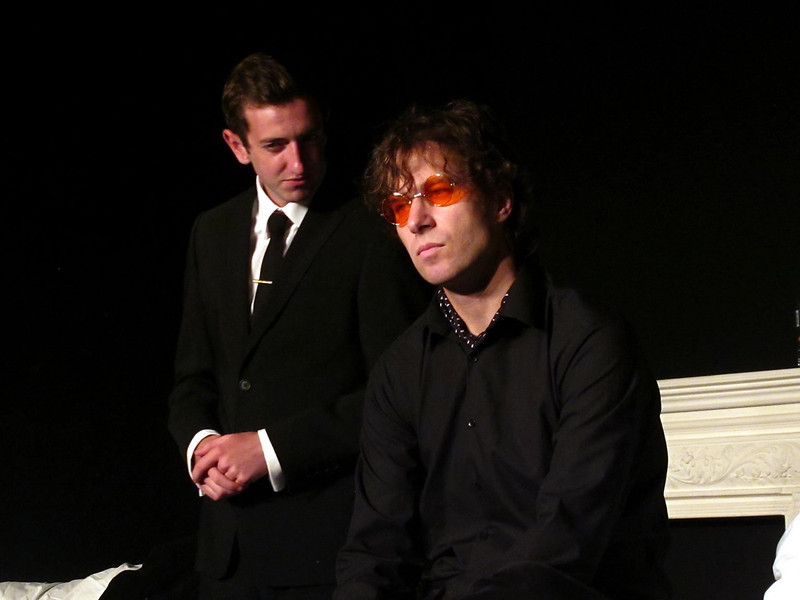 . <br /> Walls and Bridges: Liverpool playright Scott Murphy's play about John Lennon's 'lost weekend' that was premiered at Liverpool Actors Studio in December 2010. It has been chosen to be performed at the New York International Fringe Festival in August 2011.