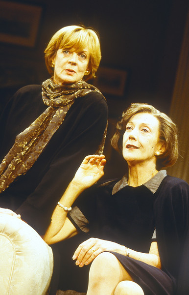 'A Delicate Balance' Play performed in the Theatre Royal, Haymarket, London, UK 1997 ©Alastair Muir A Delicate Balance 1