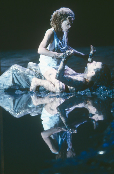 'A Midsummer Night's Dream' Play performed in the Olivier Theatre, National Theatre, London,UK 1992 ©Alastair Muir A Midsummer Night's Dream 1