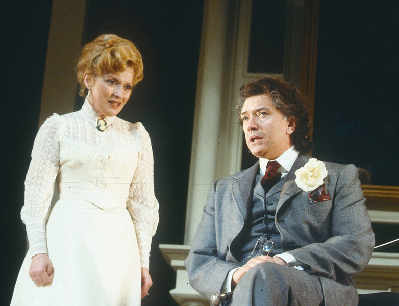 'An Ideal Husband' Play performed in the Globe Theatre, London, UK 1992 ©Alastair Muir An Ideal Husband  2
