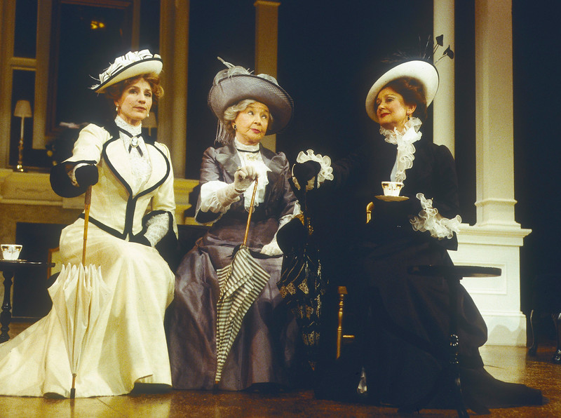 'An Ideal Husband' Play performed in the Theatre Royal, Haymarket, London UK 1996