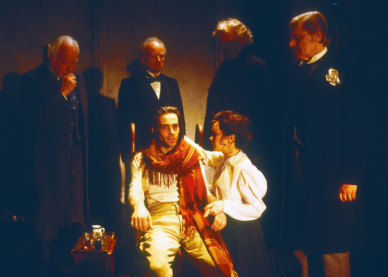 'Doctor's Dilemma' Play performed at the Almeida Theatre, London, UK 1998